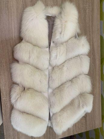 Жилетка из финского песца белая