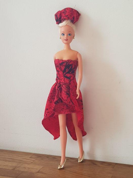 Кукла Барби в красном платье Одесса - изображение 1