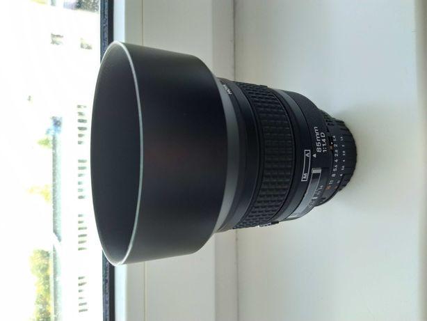 Nikkor AF 85/1.4D лучший портретник
