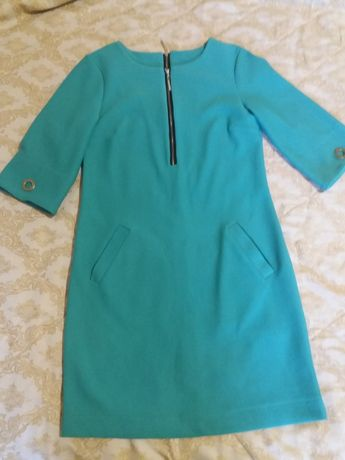 Новое платье р 44