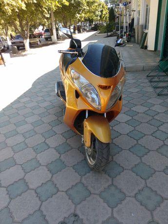 Макси скутер bravo 260cc