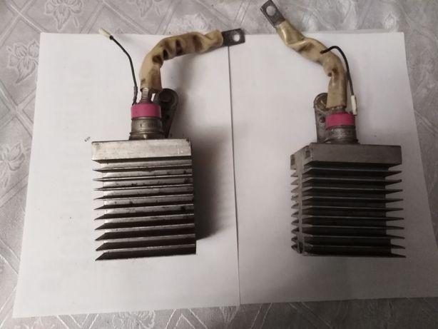 Теристоры с радиаторами 2шт