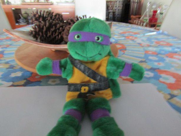 Tartaruga ninja marioneta em peluche