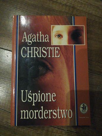 Agatha Christie - Uśpione morderstwo