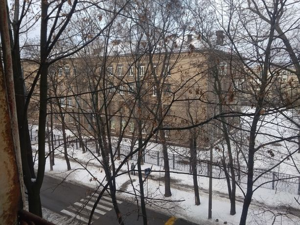 1 к кв ул Мира дом 3 с балконом 4/5 центр города 30/16/6 ОТ ВЛАДЕЛЬЦА