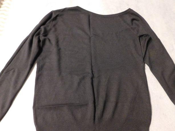 Oddam za darmo nową bluzeczkę damską w czarnym kolorze, rozmiar L
