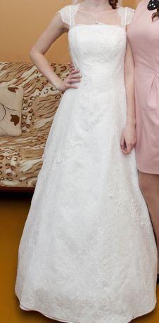 Uszkodzona suknia ślubna rozm. 34