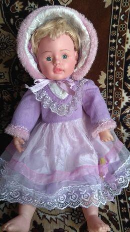 Кукла очень красивая