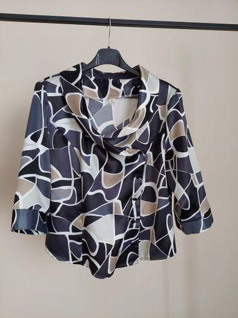 Elegancka bluzka z pięknym dekoltem rozmiar M/L