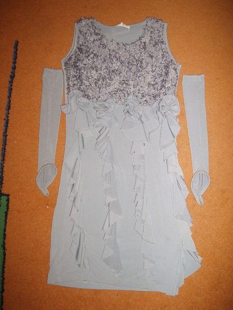 Платье на девочку 7-8 лет рост 140