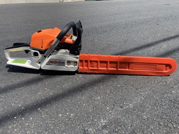 MotoSerra a gasolina GERMANKraft 62cc (Professional Tools)