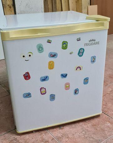 Mini frigorífico Frigo-bar c/ congelador