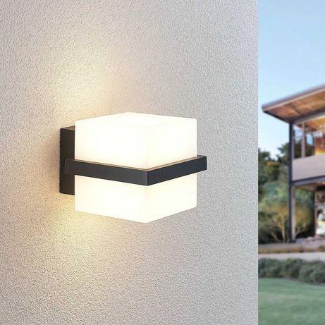 Kinkiet zewnętrzny LED Auron, w kształcie kostki LINDBY