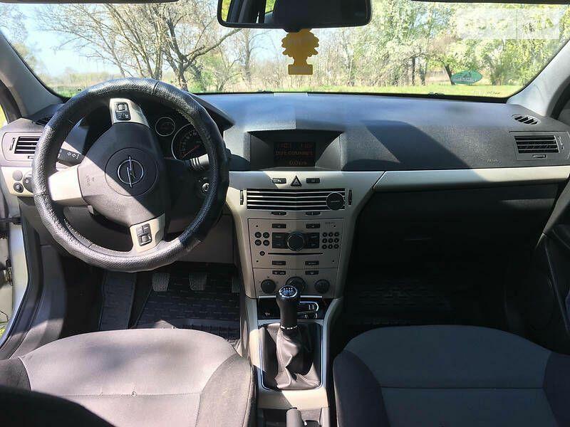 Opel astra  h gtc Власовка - изображение 1