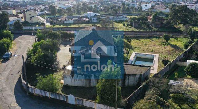 Moradia Isolada V4 com 1.042 m2 e Terreno com 2.251 m2 em Ovar
