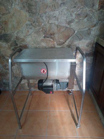 Amassadeira em Inox - 12kg
