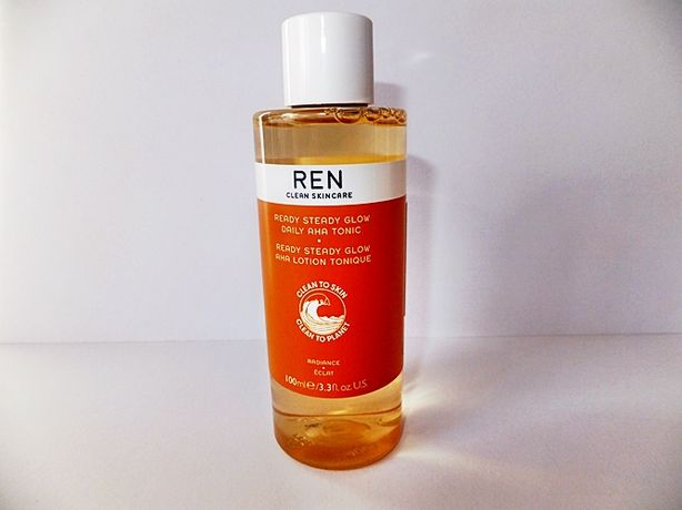 ren ready steady glow dailyAHA tonic 100 ml