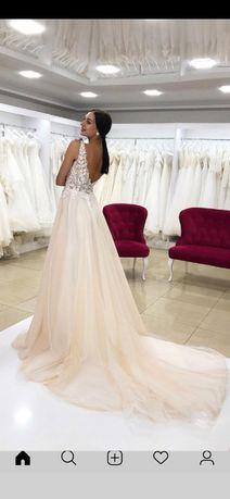 Свадебное платье от дизайнера Elena Morar