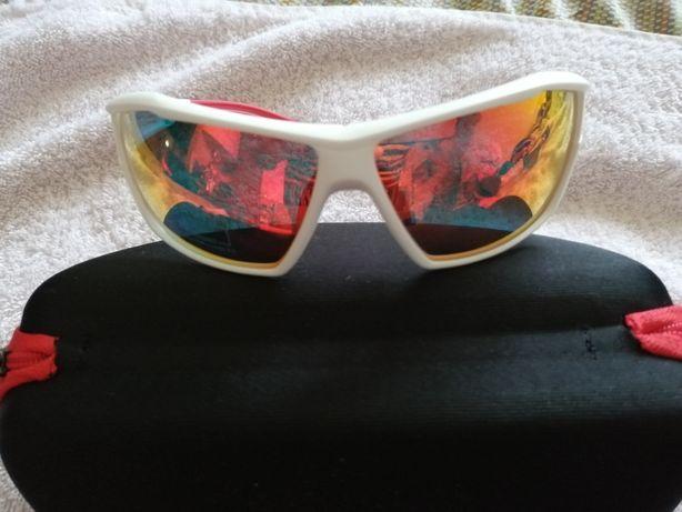 Óculos de sol Berg novos