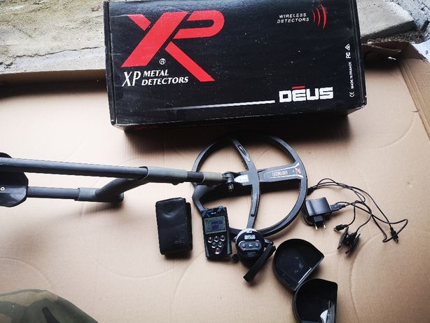 XP Deus panel + słuchawki