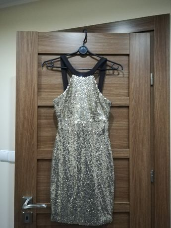 sukienka złote cekiny