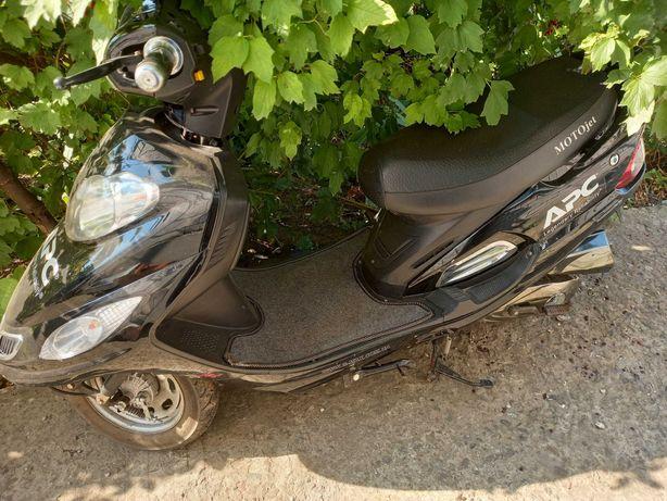 Скутер motojet мопед
