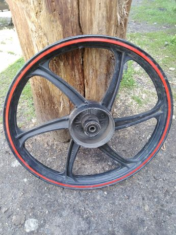 Продам колесо на Вайпер актив