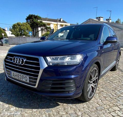 Audi Q7 3.0 TDi quattro S-line Tiptronic 7L
