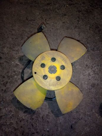 Вентилятор радиатора охлаждения ваз .
