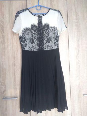 Biało - czarna sukienka z koronką