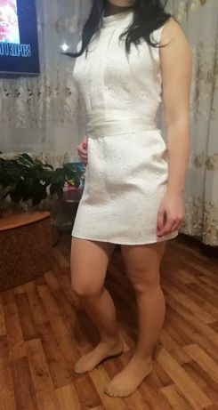 Продам платье в хорошем состоянии