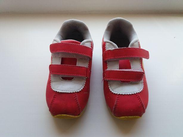 кросівки дитячі для дівчинки