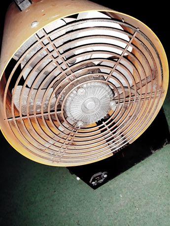 Електрический тепловентилятор