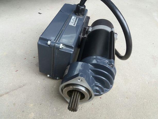 Silnik elektryczny jazdy wciągnika - suwnicy SWF