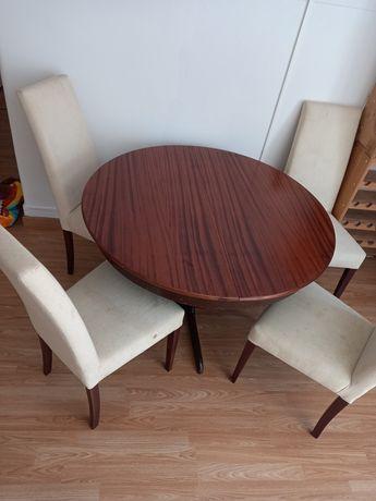 Mesa redonda madeira sem cadeiras