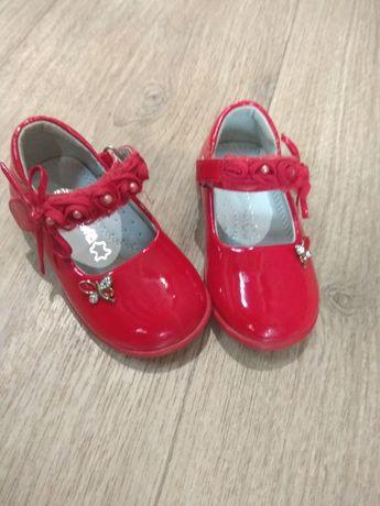 Продам туфли для принцессы