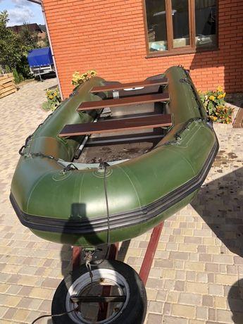 Лодка резиновая Adventure M400