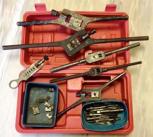 Mala com ferramenta Roscas