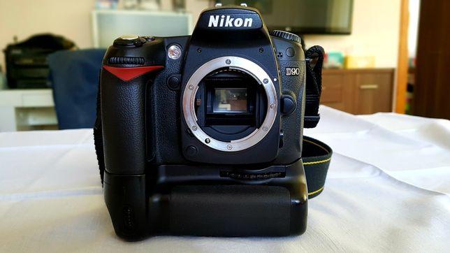 Nikon d90 + grip + akumulatory x2