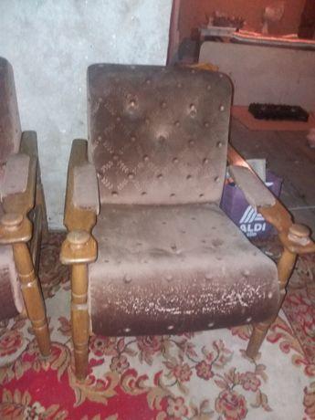 Fotel  z  okresu  PRL
