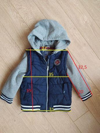Куртка безрукавка фірми F&F. Стан відмінний.На 3-4 роки
