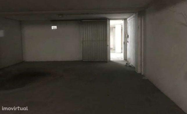 Garagen e estacionamento em Ponte de Lima, Ponte de Lima