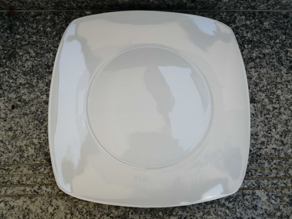 Prato conjunto de pratos Vila Nova de Gaia - imagem 1
