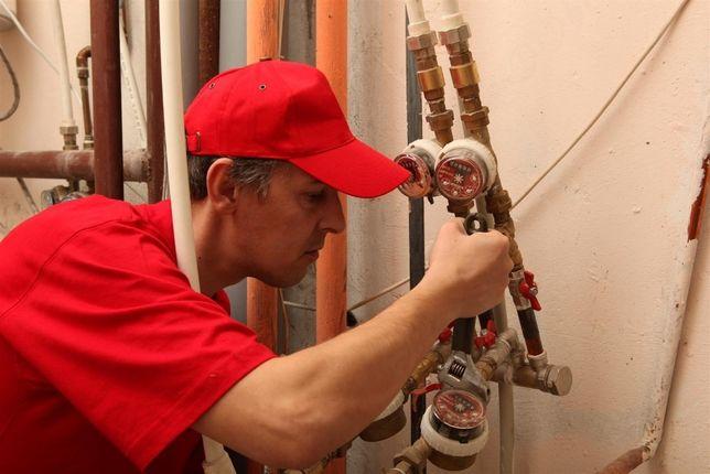 Чистка и замена канализации, установка радиаторы батарей, бойлер