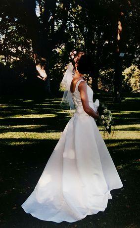 Vestido de noiva em excelente estado