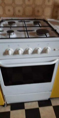 Sprzedam kuchenkę gazową, maszynkę