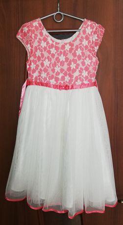 Sukienka dla dziewczynki rozm. 8lat