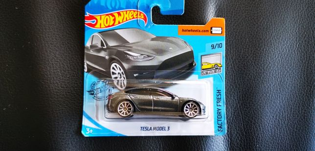 Tesla hot wheels novo com portes incluídos