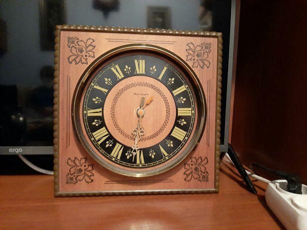 Продам настенние часи«Янтарь»,Сделано в СССР