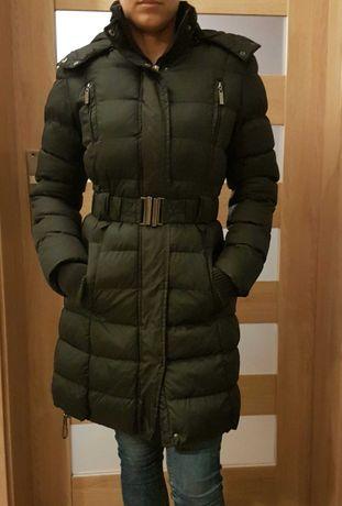 Czarna, ocieplana kurtka zimowa r. S